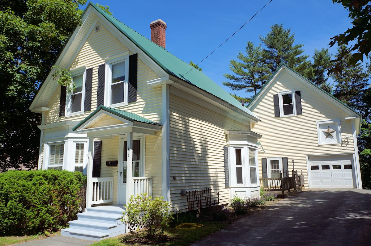 Pittsfield maine house gary jordan jr better homes for First time home buyers maine